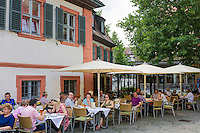 Germany, Bavaria, Upper Franconia, Bamberg: restaurant, old town is ranked UNESCO World Heritage Site | Deutschland, Bayern, Oberfranken, Bamberg: Restaurant in der Altstadt, die zum UNESCO Weltkulturerbe zaehlt