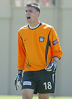 10 April 2004: Earthquakes Goalkeeper Pat Onstad in action against Chicago Fire at Spartan Stadium in San Jose, California.   He made 5 saves in the game and Earthquakes and Fire are tied after the game.