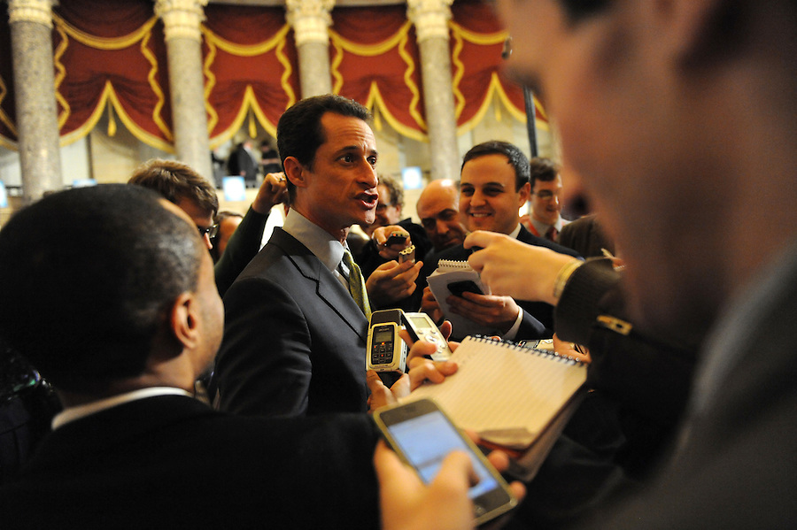 Rep. Anthony Weiner (D-NY) answers media questions after the State of the Union address on Wed. Jan. 27, 2010. (Amanda Lucidon)