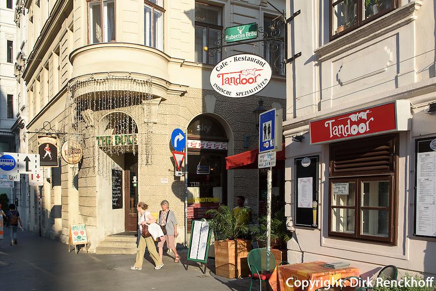 Bar The duke und indisches Restaurant Tandoor im Szeneviertel Quartier Spittelberg, Wien, &Ouml;sterreich, UNESCO-Weltkulturerbe<br /> bar and Indian Restaurant at Quarter Spittelberg, Vienna, Austria, world heritage