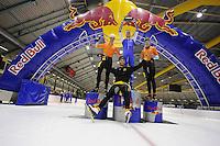 SCHAATSEN: HEERENVEEN: 21-03-2016, IJstadion Thialf, Kjelds Vliegendestart, ©foto Martin de Jong