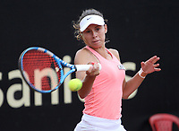 BOGOTÁ -COLOMBIA, 10-04-2018:Magda Linette de Polonia  ,durante el Claro Open Colsánitas WTA  international event que se juega en El Club Los Lagartos al norte de la Capital ./ Magda Linette of Poland, during the Claro Open Colsánitas WTA international event that is played at El Club Los Lagartos north of the Capital. Photo: VizzorImage/ Felipe Caicedo / Staff
