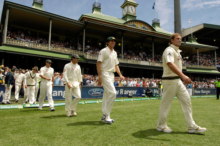 Photo: Steve Holland..Australia v England. 3 mobile Test Series, The Ashes 2006/07, 5th Test. 2/01/2007..Australia's Shane Warne, Glenn McGrath and Justin Langer walk onto the ground for their last test match.