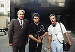 Juris Podnieks - soviet and russian film director and screenwriter and Boris Eltsin - president of Russia. |  - cоветский и российский режиссер и сценарист и Борис Ельцин - президент России.