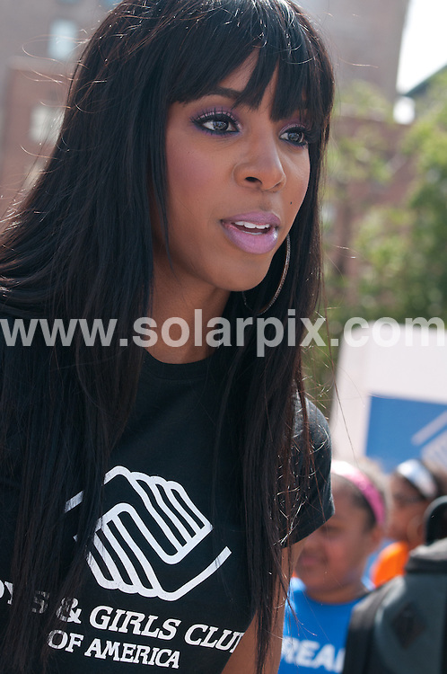 **ALL ROUND PICTURES FROM SOLARPIX.COM**                                             **UK SYNDICATION RIGHTS ONLY**                                                                                  Caption: Grammy Award-winning singer-songwriter-actress, Kelly Rowland will ring the morning alarm as part of the Largest Wake-Up Call to kick off the back to school season and motivate youth to be prepared for academic success. Union Square, New York City, USA. 4 August 2011                                                                              This pic: Kelly Rowland                                                                                  JOB REF: 13817 RHB      DATE: 04_08_2011                                                          **MUST CREDIT SOLARPIX.COM OR DOUBLE FEE WILL BE CHARGED**                                                                      **MUST AGREE FEE BEFORE ONLINE USAGE**                               **CALL US ON: +34 952 811 768 or LOW RATE FROM UK 0844 617 7637**