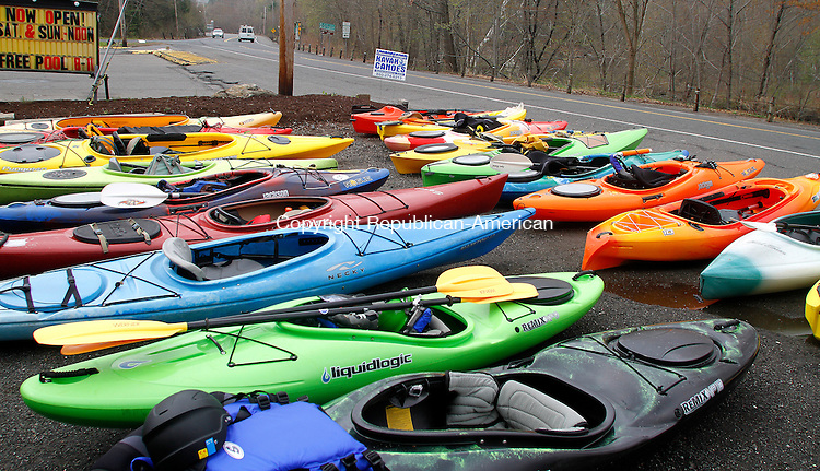 WATERBURY, CT.- 10 MAY 2014 - 051014JW05 - Kayaks at the ready in the parking lot of City Limits Cafe before heading down the Naugatuck River during the 2nd Annual Naugatuck River Greenway Paddle Day.<br /> Jonathan Wilcox Republican-American