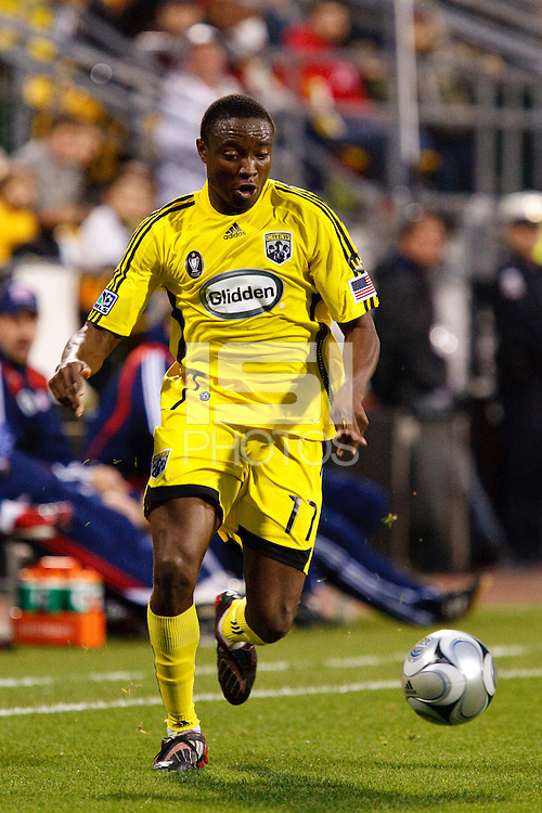 25 OCTOBER 2009:  Emmanuel Ekpo of the Columbus Crew (17) during the New England Revolution at Columbus Crew MLS game in Columbus, Ohio on October 25, 2009.