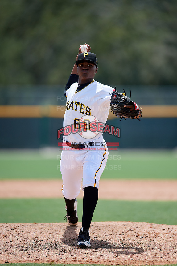 GCL Pirates relief pitcher Yerry De Los Santos (68) delivers a pitch during a game against the GCL Tigers West on August 13, 2018 at Pirate City Complex in Bradenton, Florida.  GCL Tigers West defeated GCL Pirates 5-1.  (Mike Janes/Four Seam Images)