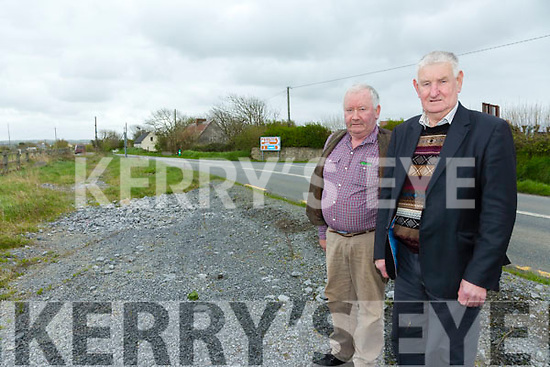 Banna Cross  locals highlighting the unfinished road. Pictured at the Junction are Ben Breen and  Donal Dowling