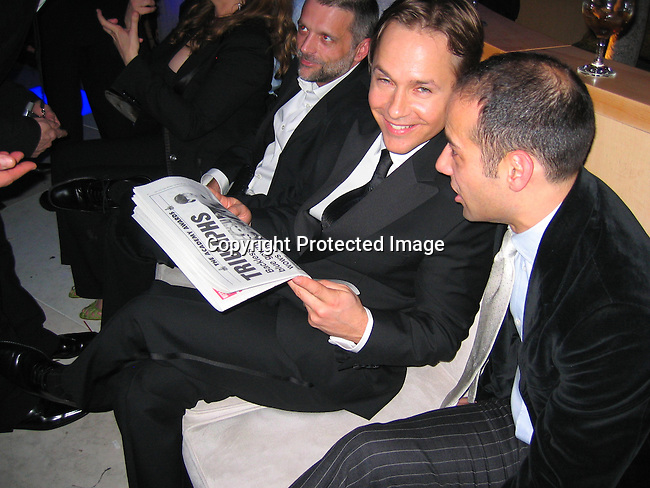 Chad Lowe, Hilary Swank's husband reading Monday's after the Oscar NY Post Newspaper about his wife's winning .**EXCLUSIVE**.2005 Vanity Fair Post Oscar Party.Mortons Restaurant.Beverly Hills, CA, USA .Sunday, February, 27, 2005.Photo By Celebrityvibe.com/Photovibe.com, New York, USA, Phone 212 410 5354, email:sales@celebrityvibe.com.