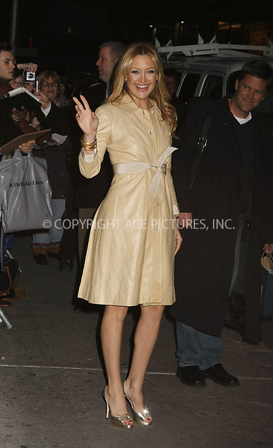 WWW.ACEPIXS.COM . . . . . ....February 7 2008, New York City....Actress Kate Hudson leaving the 'Late Show with David Letterman' at the Ed Sullivan theater in midtown Manhattan.....Please byline:AJ SOKALNER - ACEPIXS.COM.. . . . . . ..Ace Pictures, Inc:  ..(646) 769 0430..e-mail: info@acepixs.com..web: http://www.acepixs.com