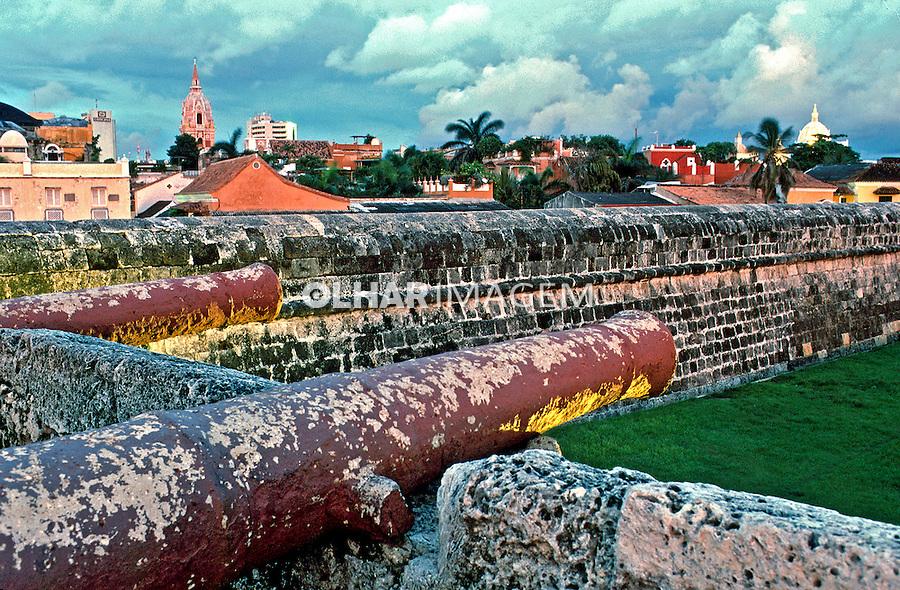 Cidade de Cartagena na Colombia. 2001. Foto de Ricardo Azoury.
