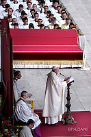Pope Francis celebrates a Holy Mass for the canonization of four new saints: Vincenzo Grossi, Mary of the Immaculate Conception, Louis Martin and his wife Zélie Guérin, the first-ever married couple with children to be canonized in the same ceremony.in St. Peter square at the Vatican. 18 October 2015
