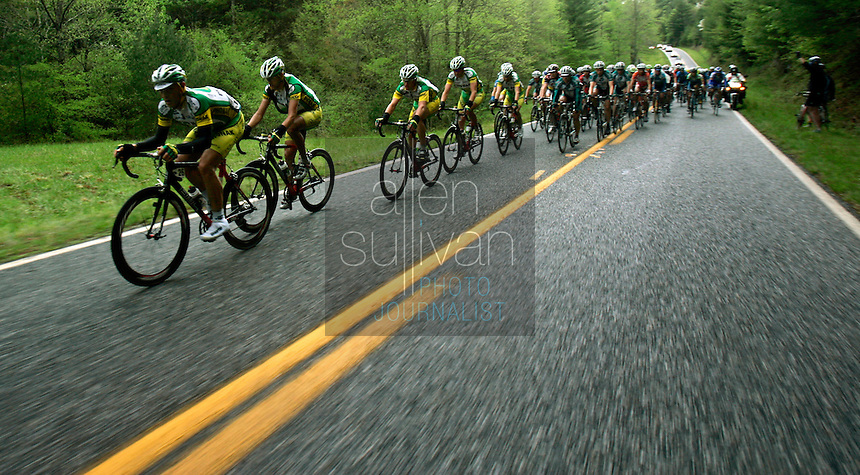 The Phonak Hearing Systems squad leads the pack during Stage 5 of the Ford Tour de Georgia. Tom Danielson, of the Discovery Channel Pro Cycling Team, won the 94.5-mile (152.1-km) stage from Blairsville to the top of Brasstown Bald, the highest point in the state.<br />