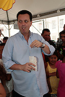 SAO PAULO, SP,  29 DE DEZEMBRO DE 2012. PREFEITO KASSAB ENTREGA UNIDADES HABITACIONAIS   .O prefeito de São Paulo Gilberto Kassab durante   Entrega de unidades habitacionais do Residencial Real Parque IV e V na manhã deste sabado no Morumbi, zona sul da capital paulista. ADRIANA SPACA - BRAZIL PHOTO PRESS