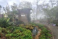 France, Chaumont-sur-Loire, Festival des Jardins 2013, jardin (permanent) chinois de Yu Kongjian dans les Prés du Goualoup (mention obligatoire du Festival)