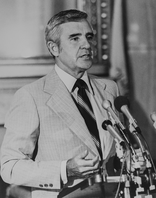 Sen. Paul Laxalt, R-Nev., at a press conference, on Aug. 12, 1983. (Photo by CQ Roll Call via Getty Images)
