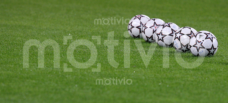 Fussball International Champions League 2006/2007 FC Porto 4-1 Hamburger SV Champions League Baelle