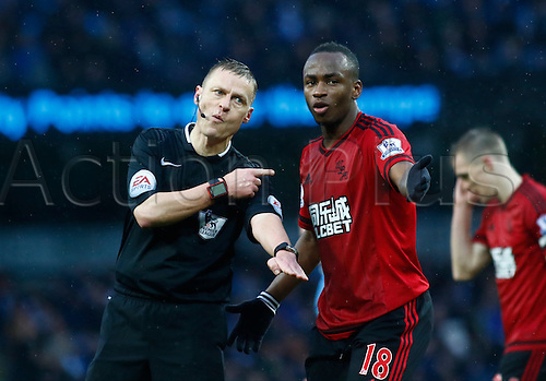 09.04.2016. The Emirates Stadium, Manchester, England. Barclays Premier League. Manchester City versus West Bromwich Albion. Referee Michael Jones dismisses the appeal of West Bromwich striker Saido Berahino.
