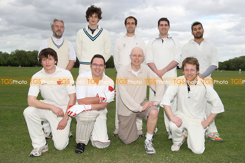 Old Fallopians CC - Victoria Park Community Cricket League - 18/05/09 - MANDATORY CREDIT: Gavin Ellis/TGSPHOTO - Self billing applies where appropriate - 0845 094 6026 - contact@tgsphoto.co.uk - NO UNPAID USE.