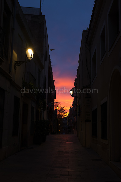 Carrer de Negrevernís:  winter Sunset in a street in Sarria, Barcelona, December 2nd 2017