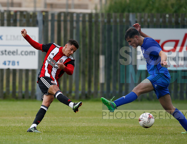 Tyler Smith of Sheffield Utd takes a shot during the professional development league two match at the Bracken Moor Stadium, Stocksbridge. Picture date 21st August 2017. Picture credit should read: Simon Bellis/Sportimage