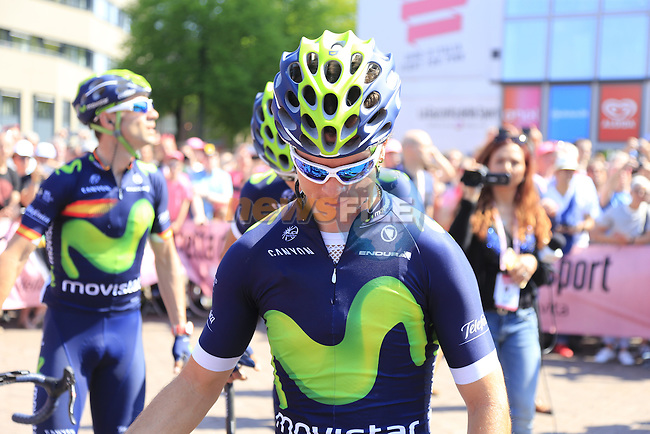 Carlos A.Betancur (COL) Movistar Team arrives at sign on before the start of Stage 2 of the 2016 Giro d'Italia running 190km from Arnhem to Nijmegen, The Nethrerlands. 7th May 2016.<br /> Picture: Eoin Clarke | Newsfile<br /> <br /> <br /> All photos usage must carry mandatory copyright credit (&copy; Newsfile | Eoin Clarke)