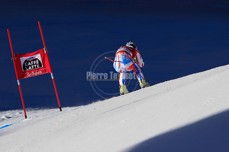 Alexis Pinturault competes during the FIS Alpine Ski World Cup Men's Super-G in Val Gardena, on December 18, 2015. www.pierreteyssot.com