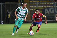 BOGOTÁ - COLOMBIA, 6-09-2018:Matias Mier(Izq.) jugador de La Equidad  disputa el balón con German Cano (Der.) jugador del Independiente Medellín  durante partido por la fecha 8 de la Liga Águila II 2018 jugado en el estadio Metropolitano de Techo de la ciudad de Bogotá. /Matias Mier (L) player of La Equidad fights for the ball with German Cano (R) player of Independiente Medellin during the match for the date 8 of the Liga Aguila II 2018 played at the Metropolitano de Techo Stadium in Bogota city. Photo: VizzorImage / Felipe Caicedo / Staff.