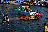 Mark Maskall's (#69) wrecked boat is brought to shore. (Formula 1/F1/Champ class)