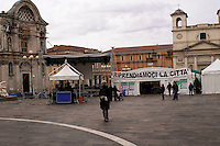 L'Aquila  20 Novembre 2010.Sos L'Aquila chiama Italia.La città  del L'Aquila  dopo 18 mesi dal terremoto..Piazza Duomo e Chiesa di Santa Maria del Suffragio.detta delle Anime Sante (1713).Sos L'Aquila called  Italy.The city of L'Aquila 18 months after the earthquake.Santa Maria del Suffragio's church, wellknown as Purgatory Church or Saint Souls Church
