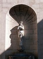 Tesela Romana XLII, Fontana di Piazza Capo di Ferro, Rome, Italy.
