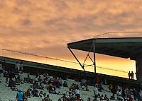 SÃO PAULO,SP - 21.11.2016 - CORINTHIANS-INTERNACIONAL,  Por do sol durante partida entre Corinthians e Internacional, válida pela trigésima sexta rodada do Campeonato Brasileiro 2016, realizado na Arena Corinthians, em Itaquera, zona leste de São Paulo, na noite desta segunda-feira,21. (Foto: Eduardo Carmim/Brazil Photo Press)