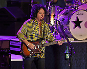 FORT LAUDERDALE, FL - NOVEMBER 07: Steve Lukather of Ringo Starr & His All-Starr Band performs at The Parker Playhouse on November 7, 2017 in Fort Lauderdale Florida. Credit Larry Marano © 2017