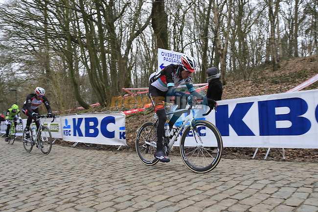 Riders including Jesse Sergent (Radioshack Leopard Trek) climb Kemmelberg for the first time during the 75th edition of Gent-Wevelgem, Belgium, 24th  March 2013 (Photo by Eoin Clarke 2013)