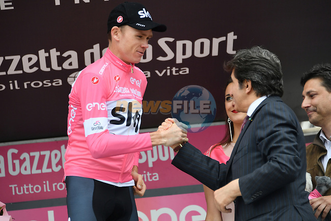 Race leader Chris Froome (GBR) Team Sky retains the Maglia Rosa at the end of Stage 20 of the 2018 Giro d'Italia, running 214km from Susa to Cervinia is the final mountain stage, with the last three climbs of Giro 101 deciding the GC of the Corsa Rosa, Italy. 26th May 2018.<br /> Picture: LaPresse/Gian Mattia D'Alberto | Cyclefile<br /> <br /> <br /> All photos usage must carry mandatory copyright credit (© Cyclefile | LaPresse/Gian Mattia D'Alberto)