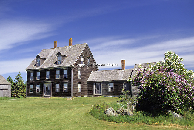 The Olson House on Hathorn Point in Cushing, Maine, USA, setting of many of Andrew Wyeth's paintings.