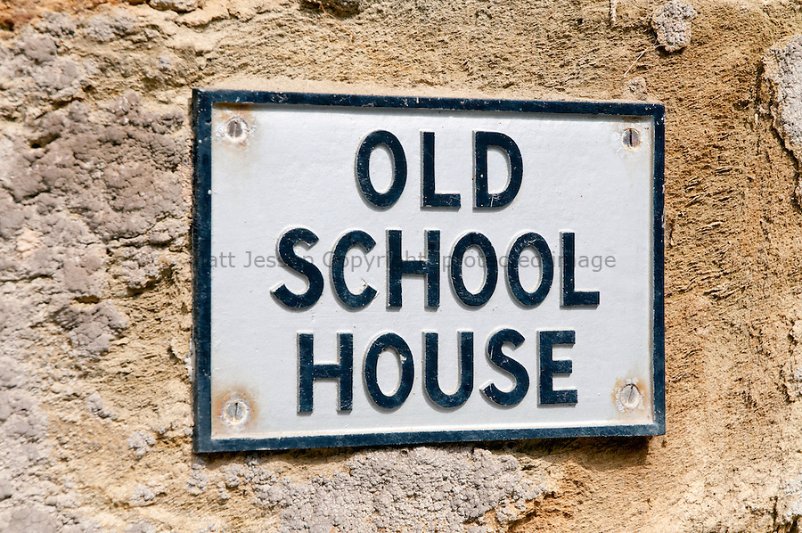 Old School House Sign nr Glendurgan