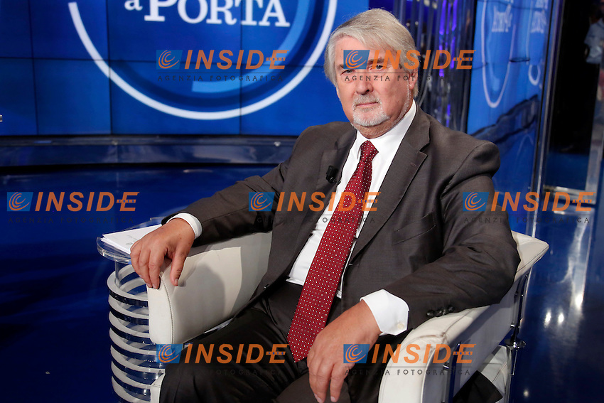Giuliano Poletti<br /> Roma 28-09-2016. Rai. Trasmissione tv Porta a Porta.<br /> Rome 28th September 2016. Rai tv. Talk show Porta a PortaPhoto Samantha Zucchi Insidefoto