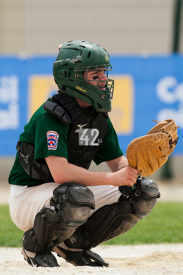 22 May 2009: Guillaume Lafeuille of Montigneux is seen catching during the 2009 challenge de France, a tournament with the best French baseball teams - all eight elite league clubs - to determine a spot in the European Cup next year, at Montpellier, France.