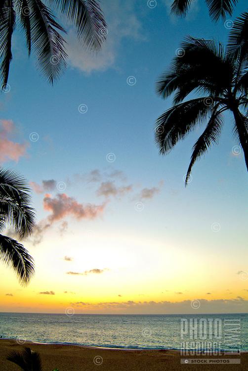 Sunset at Ke'iki Beach, North Shore