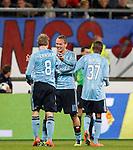 Nederland, Heerenveen, 11 april 2012.Seizoen 2011-2012.Eredivisie.SC Heerenveen-Ajax.Siem de Jong van Ajax juicht nadat hij de 0-3 heeft gemaakt. V.l.n.r.: Christian Eriksen, Siem de Jong en Jody Lukoki van Ajax