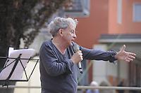 - Milano, festa tributo per l'intitolazione al musicista e cantautore Enzo Jannacci della Casa per l'Accoglienza per i senzatetto in viale Ortles. Il comico Paolo Rossi<br /> <br /> - Milan feast tribute for the dedication to musician and singer-songwriter Enzo Jannacci of House for Reception of  homeless in Ortles avenue. The comedian Paolo Rossi