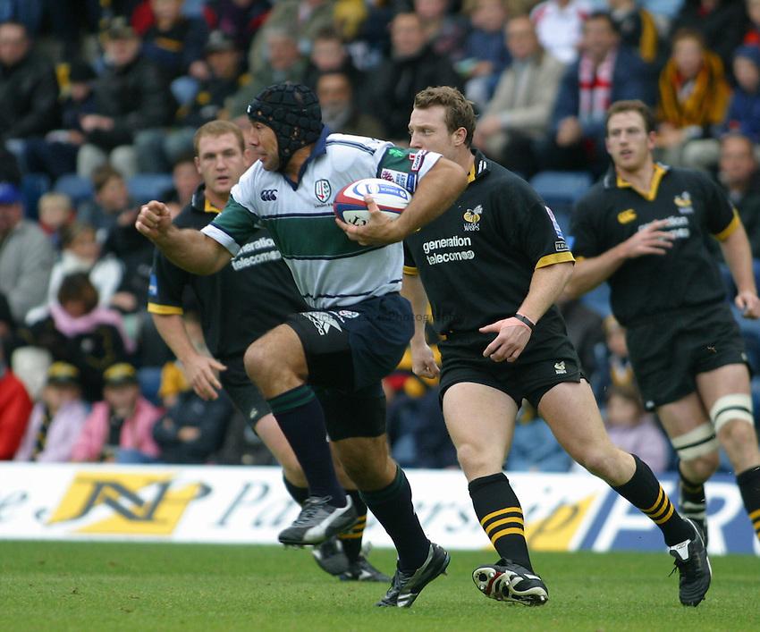 Photo: Jo Caird.Wasps v London Irish.Zurich Premiership 2003/4.19/10/2003..Chris Sheasby