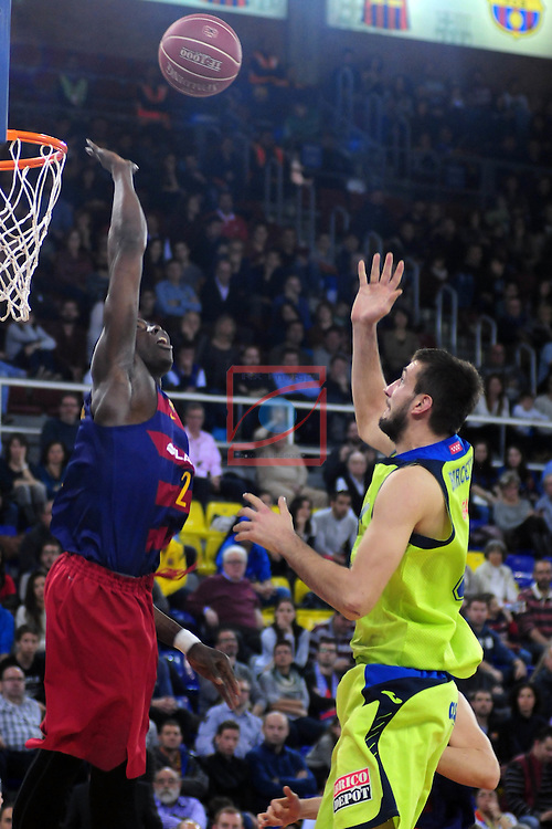 League ACB-ENDESA 2015/2016 - Game: 14.<br /> FC Barcelona Lassa vs Movistar Estudiantes: 89-67.<br /> Moussa Diagne vs Stefan Bircevic.