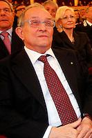 Napoli  Pierfrancesco Guarguaglini ex presidente ed AD di Finmeccanica  arrestato per fondi neri e tangenti per la traccuabilità dei rifiuti