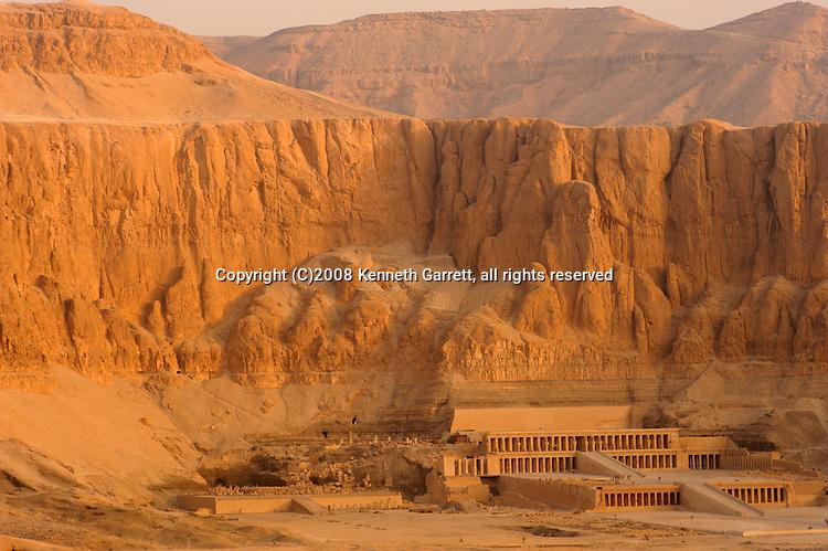 Hatshepsut; Egypt; Temple; Deir el Bahri;New Kingdom; 18th dynasty; West Bank; Theban Mountain; Luxor