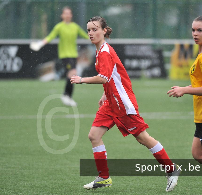 Lierse U16 - Standard de Liege U16 : Pauline Taquet.foto DAVID CATRY / Nikonpro.be