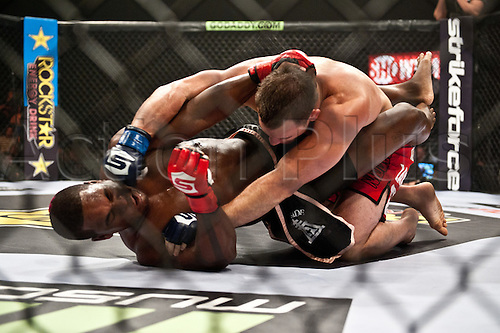 24.06.2011, Washinton, USA.   Gian Villante lands a hard right on Lorenz Larkin during the STRIKEFORCE Challengers at the ShoWare Center in Kent, Washington. Larkin won the fight in a unanimous decision.