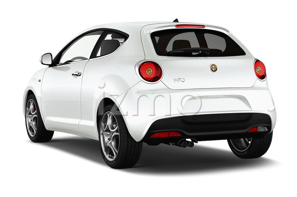 Car pictures of rear three quarter view of 2015 Alfaromeo Mito 600H-L-President-Line 4 Door Sedan Angular Rear